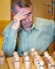 gerontopsychatrie-spieltherapie-ergotherapie-Herbstrose-Seniorenheim