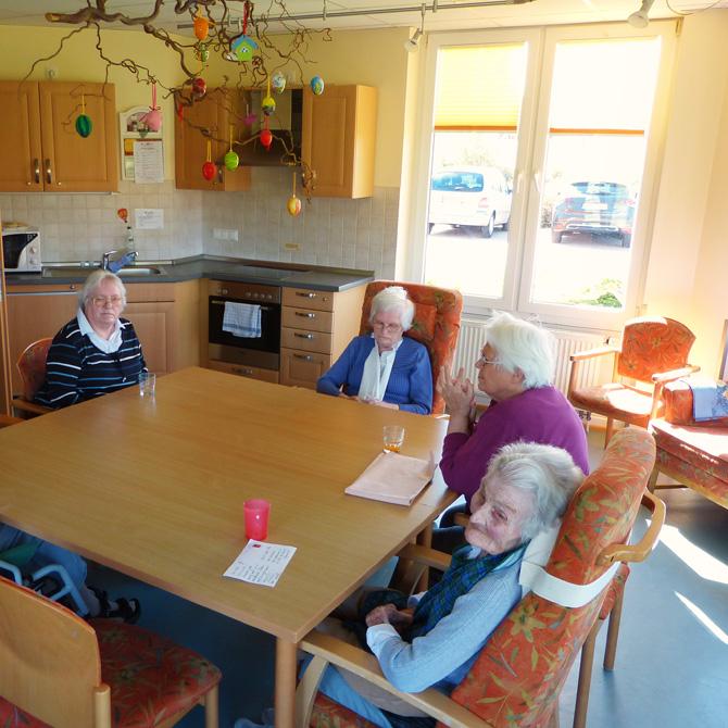 Gesch tzte wohnanlage f r senioren haus herbstrose for Raumgestaltung altenheim
